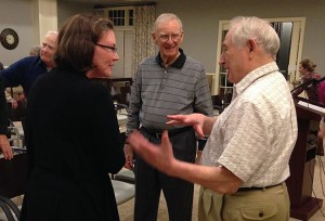 Professor Tevis talks with Woodlands residents