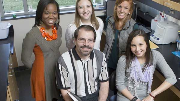 Jason Rawlings lab at Furman University (size: funews-syndication)